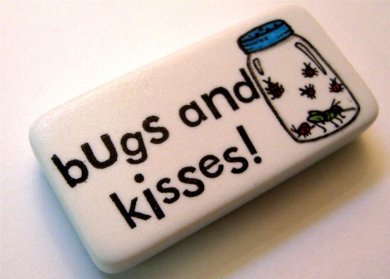 Bugs and Kisses domino magnet