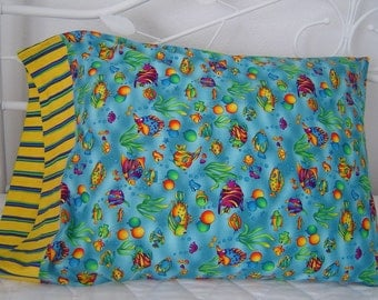 PARTY FISH and Balloons  Print  Standard Size Pillowcase