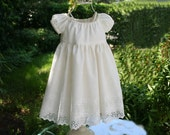 Delicate and adorable lined ivory dress...Great for flower girls,phootos,special days...Available in sizes 1T..2T..3T..4T..5..6..7..and8....Also available in WHITE.....