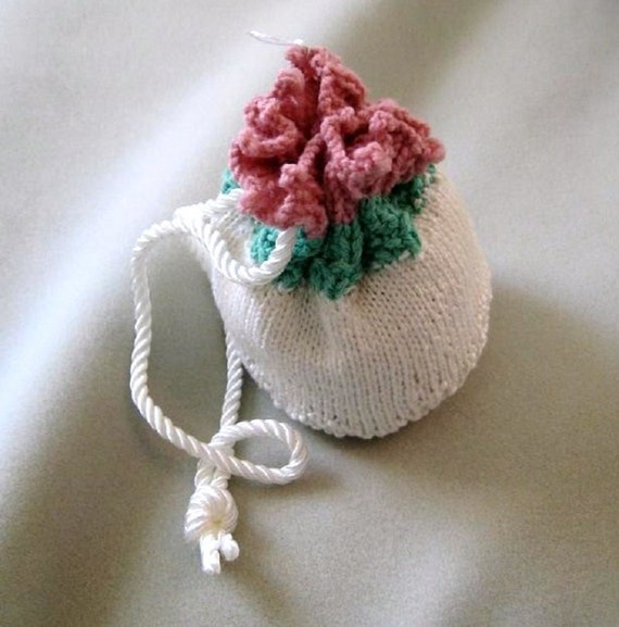 Reserved for Trendsetting Team Treasury Challenge / Rose Flower / Hand knit Purse  / cute