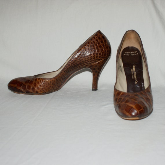 Classic Pin Up Vintage 40's  50's Brown Alligator Reptile Babydolls Pumps Heels Palizzio New York