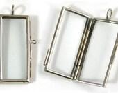6 Glass Lockets Pendants, G2052.79