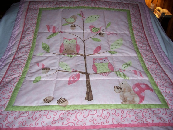 Handmade Baby Owls, Squirrel, Acorns Cotton Baby/Toddler Quilt - Newly Made2012