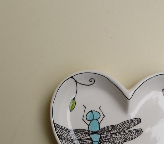 Heart shaped blue and white dragonfly tray, Mother's day gift for her, spring garden gift for mom