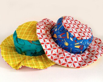 SALE - Sun Hat for Baby Boys, Cotton Summer Hat with Lizards and Tools