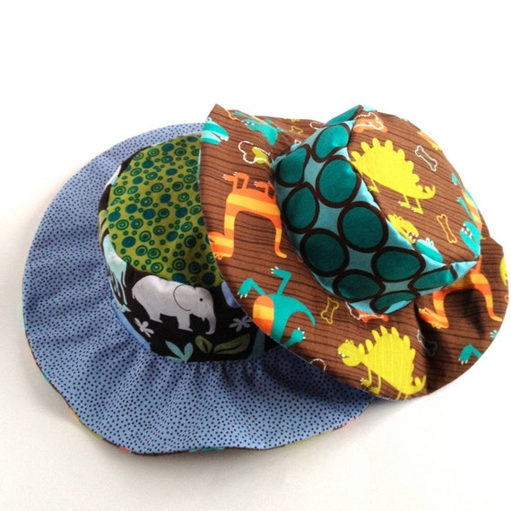 SALE - Baby wide brim sun hat, summer sun hat for boys, beach hat, animals and dInos