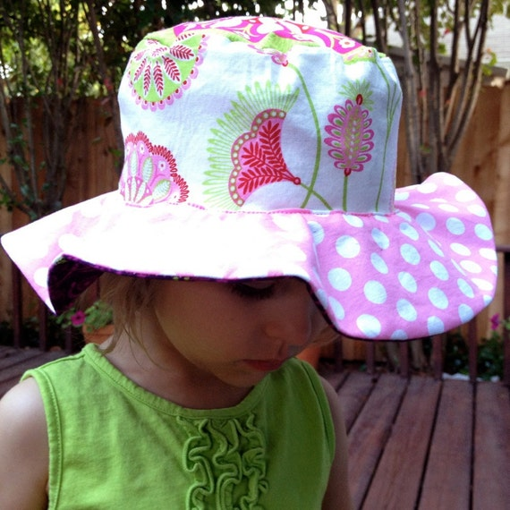 Baby sun hat for infant and newborn girls, big floppy brim, with pink and purple, cute and unique cotton sun protection hat