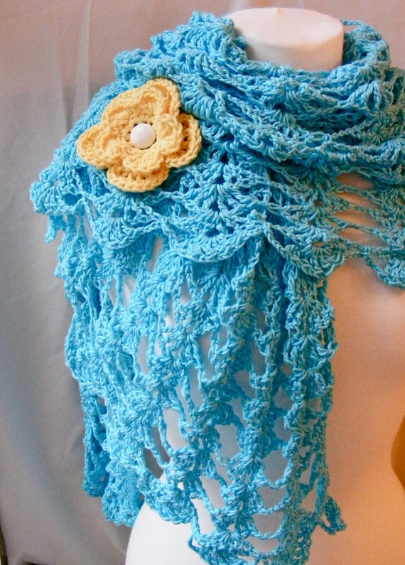 Spring / Summer Shawl Crochet Pattern - Light and Airy Openwork Pattern - Fast Shell Pattern - Beautiful - with Flower Pin