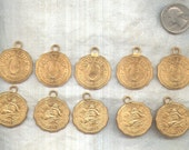 Charms 10 Gold Coin old vintage Costume Jewelry Supply