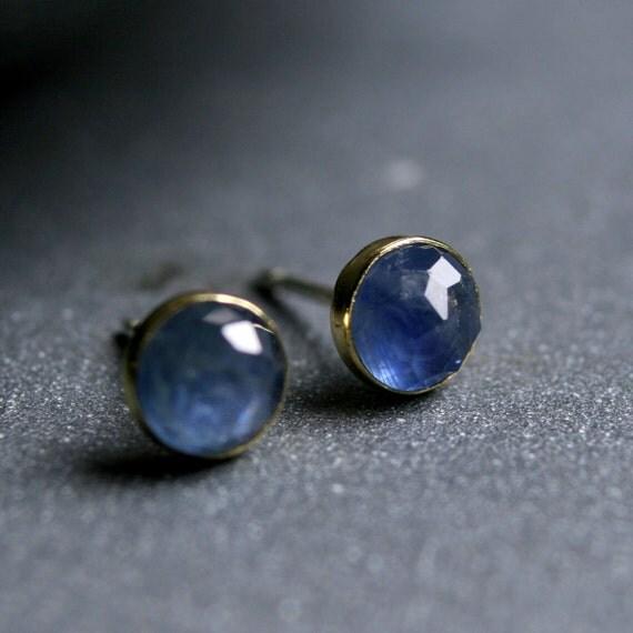 Rose cut sapphire and 18 karat yellow gold bezel set earrings 5mm