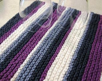 PDF pattern for dish drying mat, simple garter stitch pattern, cotton yarn, stripe pattern.