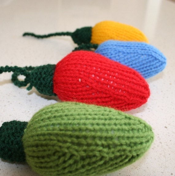 Knitting Pattern Christmas Lights : Christmas lights - INSTANT DOWNLOAD PDF Knitting Pattern from kooklacreations...