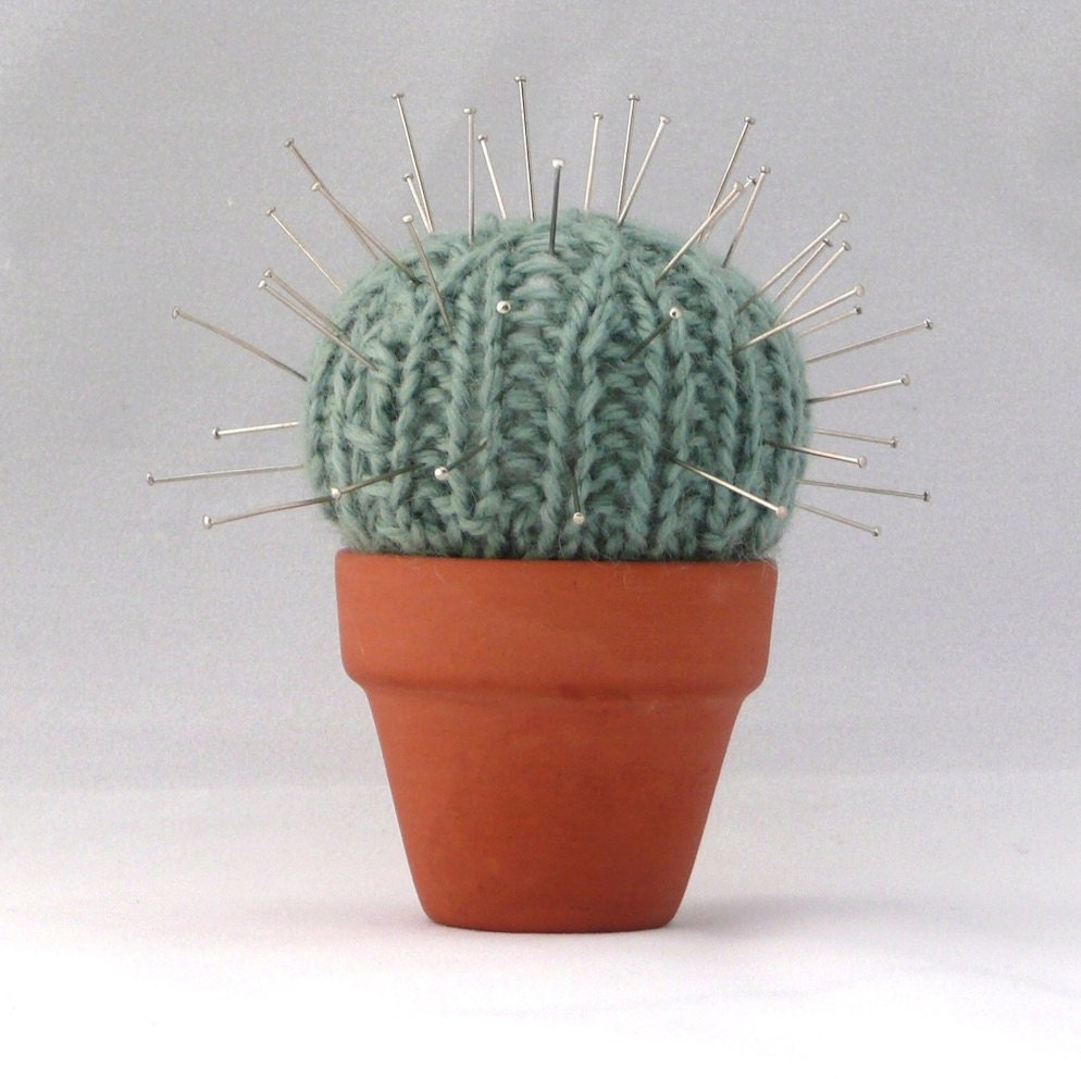 Knitting Pattern Pin Cushion : Quick and Easy Cactus Pin Cushion INSTANT DOWNLOAD PDF