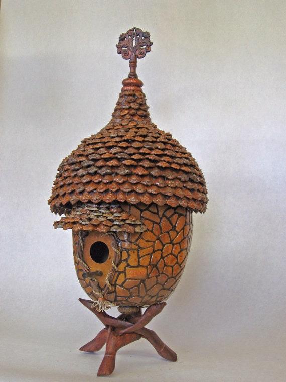 Decorative Gourd Birdhouse