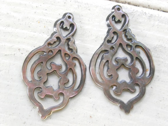 Tahitian Shell Chandelier Carvings for Earrings 4 LAST OF
