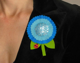 Blue Vibrant Sunflower with Ladybug Brooch, Pretty Easter Brooch, Spring Pin, Lapel Pin