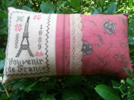 EIffel Tower Decorative Needlework Pillow