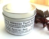 Berry Hibiscus Tooth Powder - A Natural Toothpaste Alternative