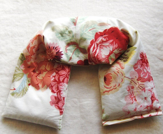 Lavender Flax Microwavable Pillow - Flax seed pillows - Neck Wrap in Red and White Floral  - teamecoetsy