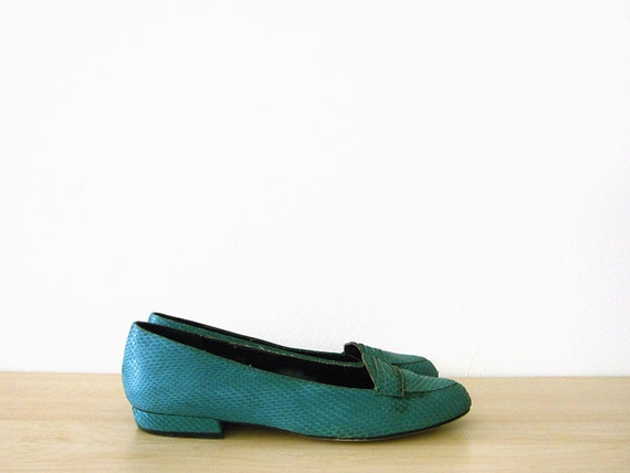 vintage 80s loafers, turquoise snakeskin flats, size 7 37.5