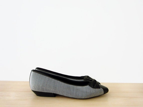 vintage 80s flats, black and white striped with bows, size 7 37.5