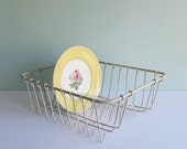 Small Wire Toy Dish Drainer, Great for Display or as a Household Organizer
