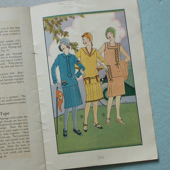 1920s Wrights Bias Fold Tape and Trimmings Sewing Book No. 21 with Lovely Illustrations
