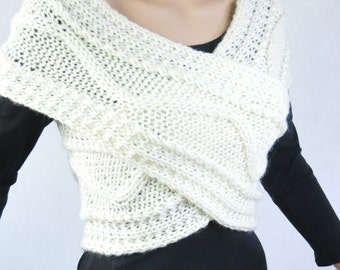 Super Slim - Cross Sweater/Capelet/Neck warmer white cream