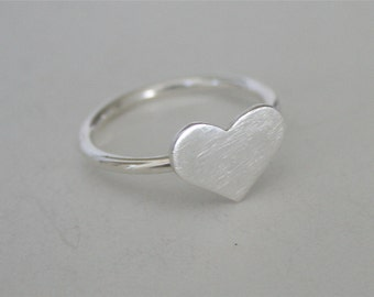 Silver Heart Ring, Silver Ring, Heart Ring, Metal Heart Ring, Sterling Silver Ring, Minimal Ring, Modern Ring, Gift for Her, Valentines Ring