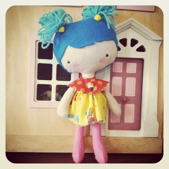Little Kitty Kitschy blue piggy tails companion for your little girl