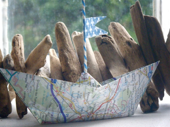 Petits Bateaux - French Road Map Boat Mobile