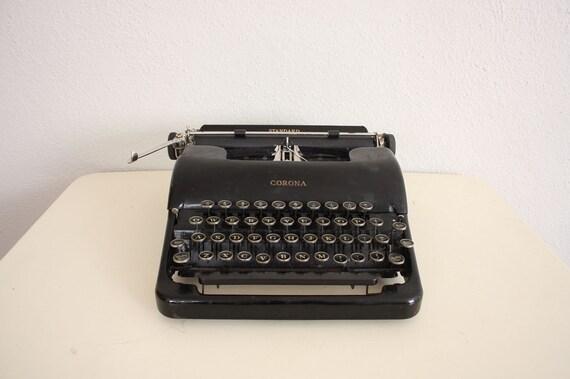 Sale // Black Typewriter // Vintage 1940s Corona Typewriter Standard