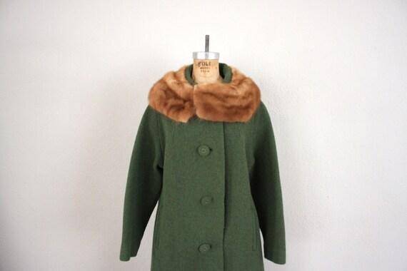 Mid Century Coat // Mink Collar Swing Coat // 1950s Stroller Coat in Avocado Green