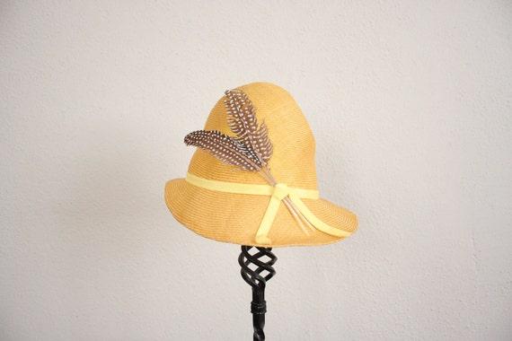 Vintage Straw Hat // 1950s Mid Century Cap // Yellow Newsie Hat
