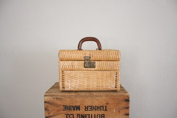 Vintage Wicker Box Purse // 1950s Leather Mid Century Train Case // Sewing Box Luggage