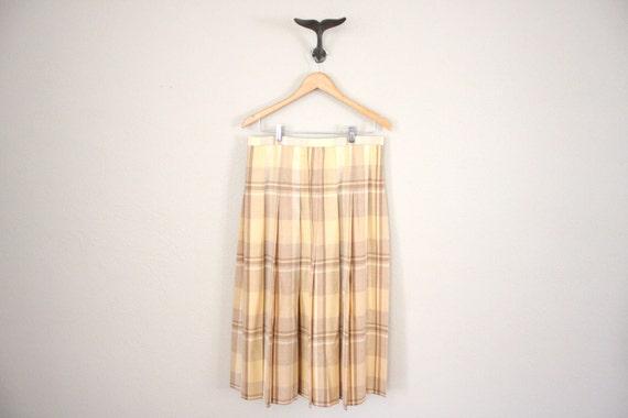 Vintage Schoolgirl Skirt // 1970s Beige Tartan Plaid Accordion Pleats Skirt