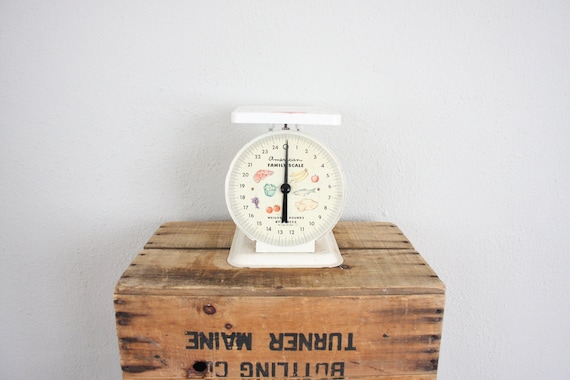 Vintage Scale // 1960s Industrial Scale // Bold White Postage Scale // Shabby Chic Kitchen Scale