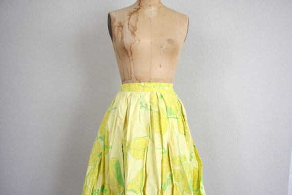 Vintage Yellow Pouf Skirt // 1960s Mid Century Retro Lemon Lime Print Skirt