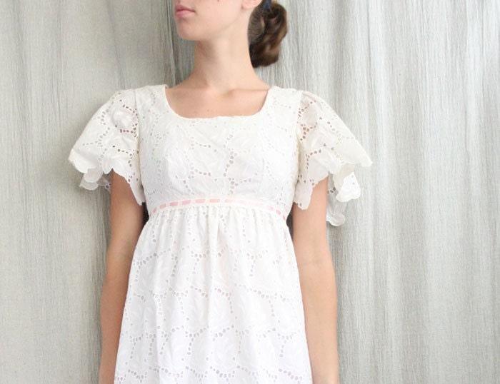 Sale Eyelet Lace Vintage Wedding Dress