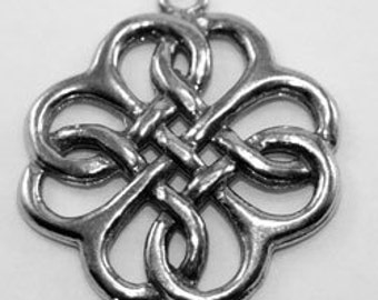 2 x Round Celtic Knot - 1 bail Australian Pewter charm or pendant (R73)