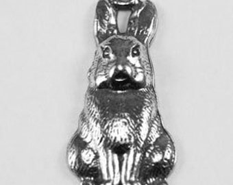 10 x Rabbit  pendant 1 bail Australian Pewter AF136