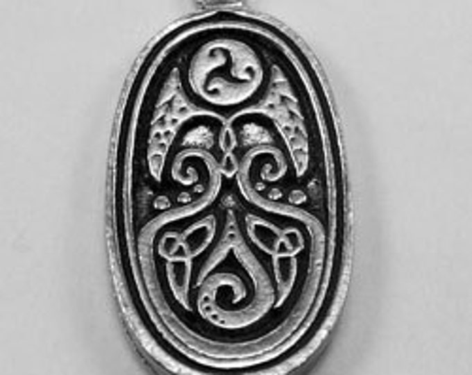 2 x  Celtic oval swirl pendant   1 Bail Australian Pewter