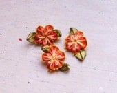 Ribbon Flower Appliques 298.1 - Reddish Yellow Flower with leaf - 24 pcs
