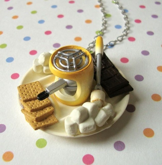 Miniature S'mores Necklace - Kawaii Jewelry