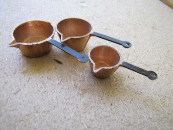 copper colored pan set dollhouse miniatures