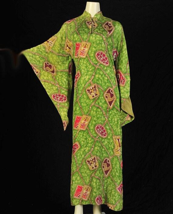 Vintage Dress 40s Green Silk Pake Muu   m/l Vintage
