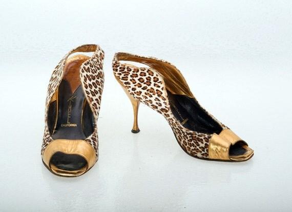 Vintage Shoes 60s Vixen Leopard Spotted Gold Metallic Bootie Shoes 7 N