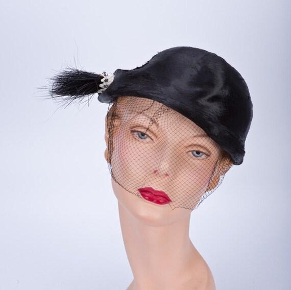 20s Hat Cloche Short Black Fur Cap Horsetail Brush sz 22