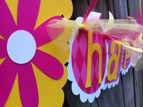 Hot Pink and Yellow HAPPY BIRTHDAY Banner with DAISY Characters