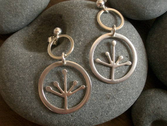 sweet pea earrings